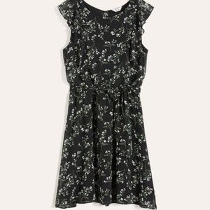 Maternity clothing and dresses